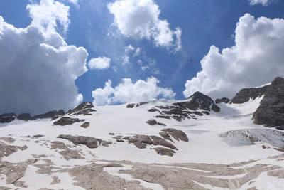 La Montagna Yoga Le Nuvole Roma