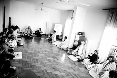 Yoga Le Nuvole - Seminario Pranayama - Praticando